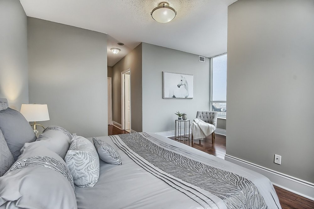 Triomphe Condos North York Toronto vacant condo staging condo home stager | Classy Glam Staging 10