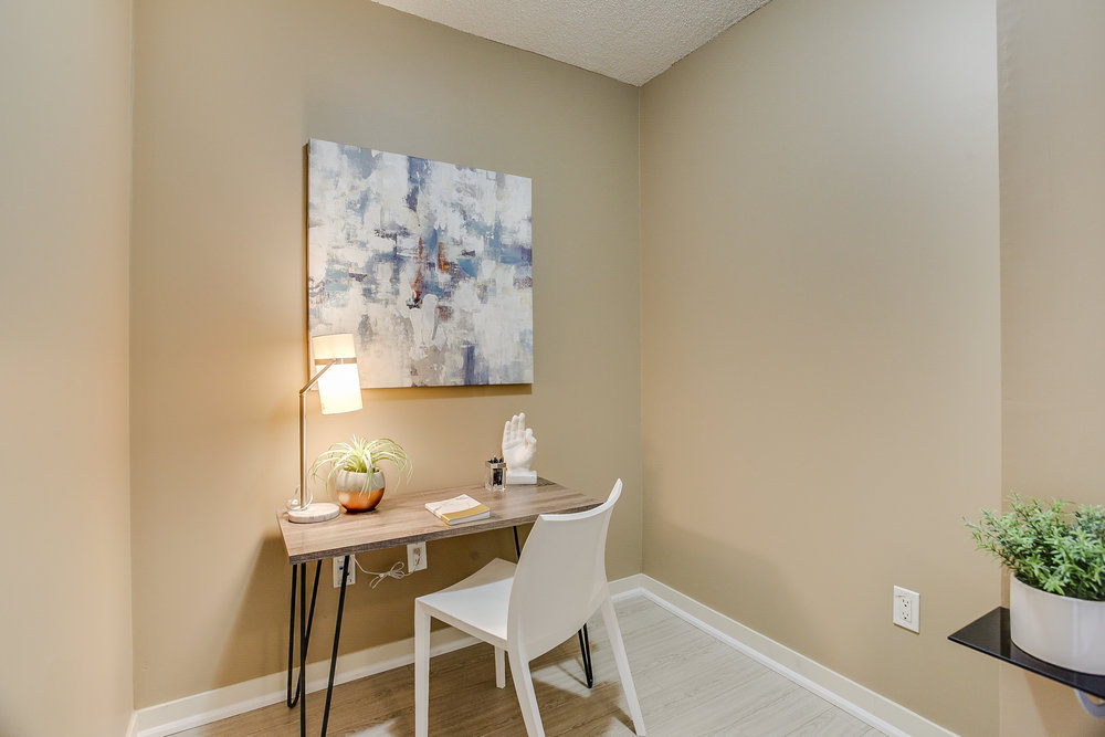 Mariner Terrace Toronto vacant condo staging condo home stager | Classy Glam Staging 1
