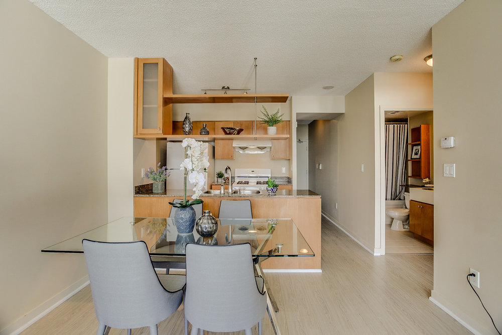 Mariner Terrace Toronto vacant condo staging condo home stager | Classy Glam Staging 6