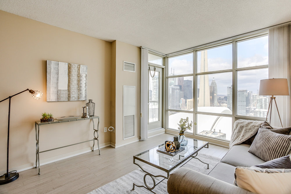 Mariner Terrace Toronto vacant condo staging condo home stager | Classy Glam Staging 10