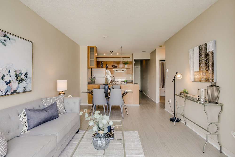 Mariner Terrace Toronto vacant condo staging condo home stager | Classy Glam Staging 13