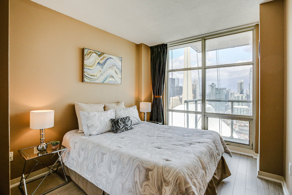 Mariner Terrace Toronto vacant condo staging condo home stager | Classy Glam Staging 14