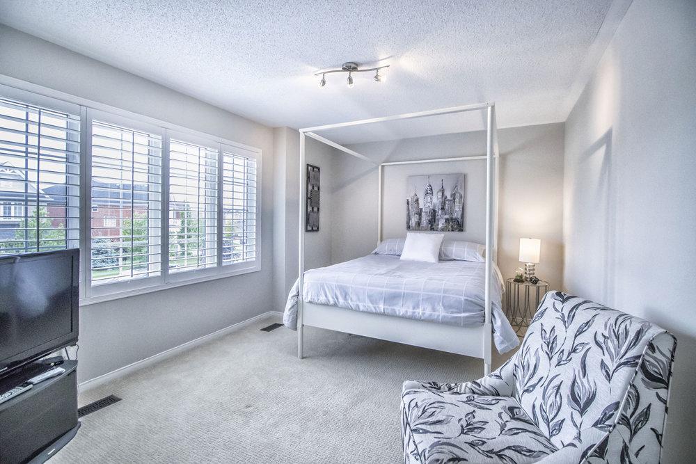 Richard Coulsen Stouffville luxury home staging luxury home stager   Classy Glam Staging 10