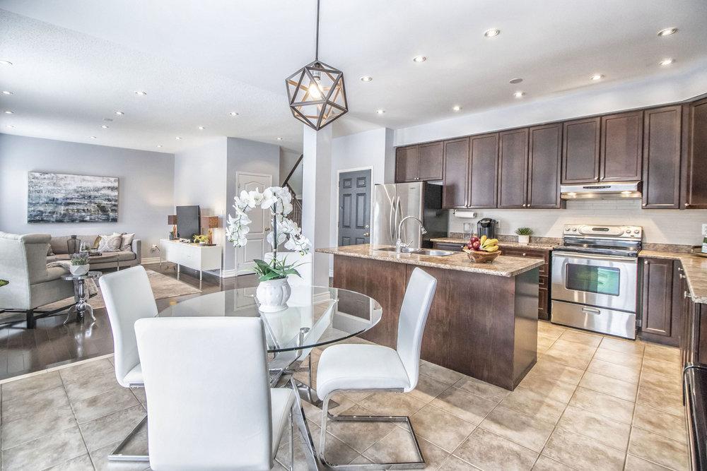 Richard Coulsen Stouffville luxury home staging luxury home stager   Classy Glam Staging 4