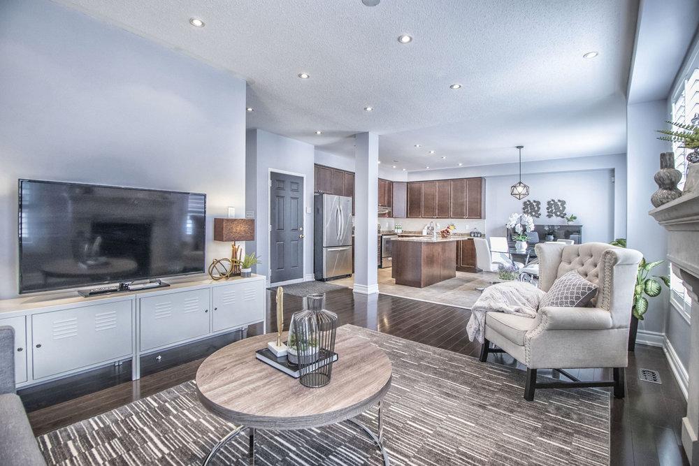 Richard Coulsen Stouffville luxury home staging luxury home stager   Classy Glam Staging 8