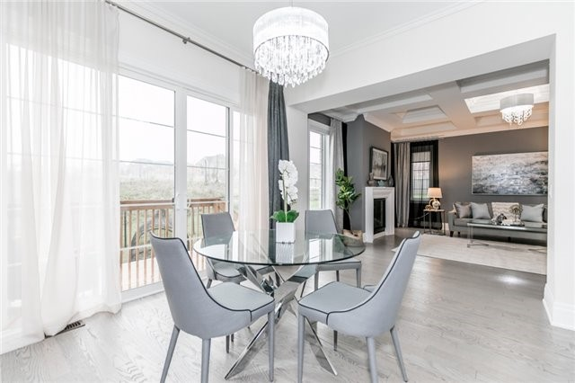 Foley Vaughan luxury home staging home stager | Classy Glam Staging 6