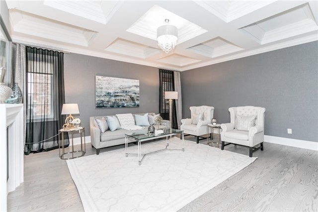 Foley Vaughan luxury home staging home stager | Classy Glam Staging 7