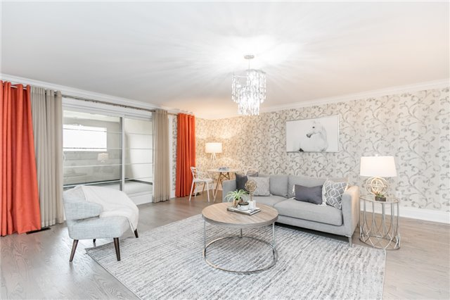 Foley Vaughan luxury home staging home stager | Classy Glam Staging 10
