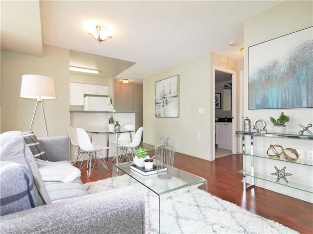 Princess Place II Condo North York vacant condo staging stager | Classy Glam Staging 3