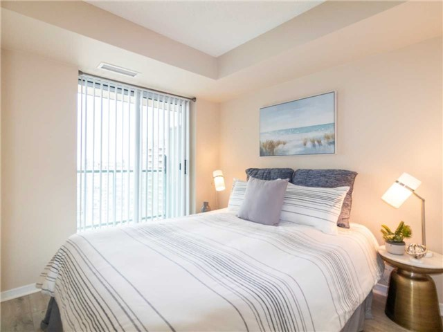 Princess Place III Condo North York vacant condo staging | Classy Glam Staging 6