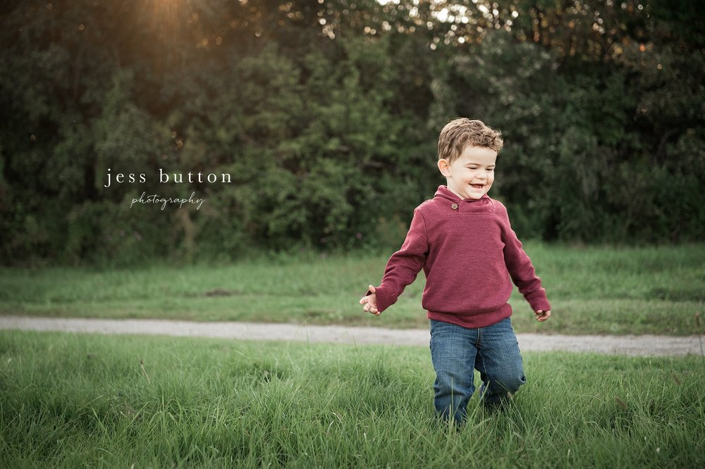 Fall Portraits in St. Catharines | Niagara Family Photographer