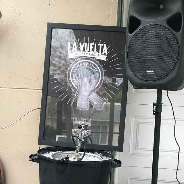 Got the La Vuelta Hopper Lager on tap at the pad. Who's down to help me put a dent in it ? Bring your cup, DM for address if you wanna get a free drink on me, in appreciation of your support while it lasts ... lol ... 👍🏽 #lavueltahopperlager #beersonme #lavueltabarriologan #beachgreasebeerco #beappreciativeofwhatyouhave #blessed2018 #lookingforwardto2019