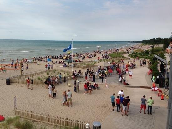 main-beach-grand-bend.jpg