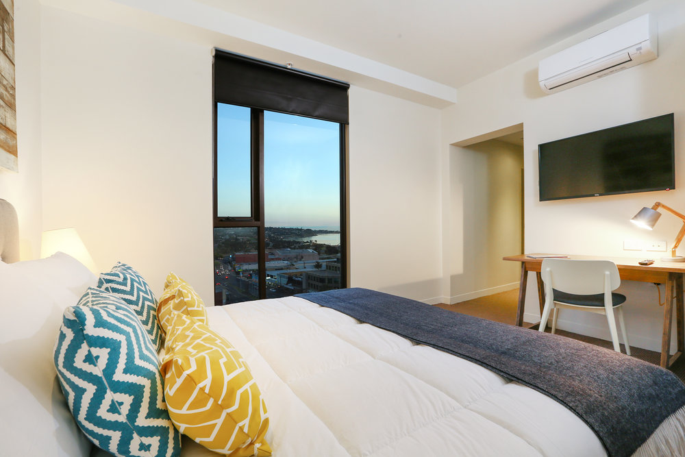 bedroom1-QuestApt.jpg