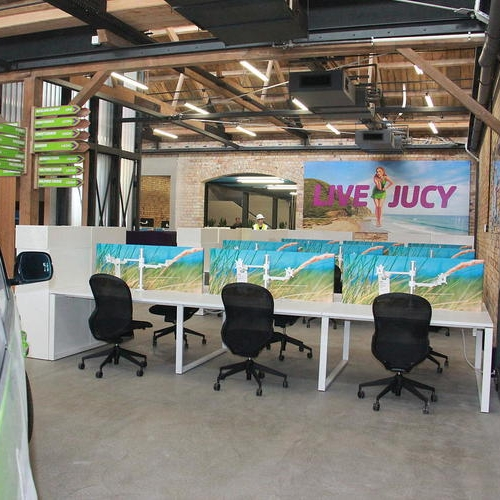JUCY RENTALS - A bright and fun inspiring work space...