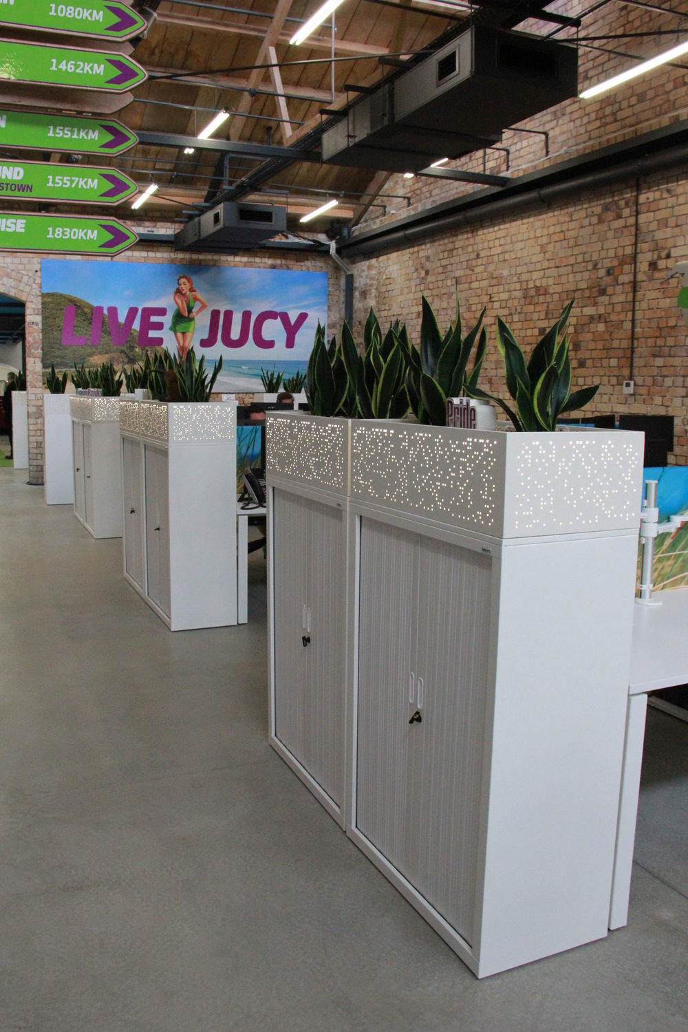 The Jucy Rental office layout