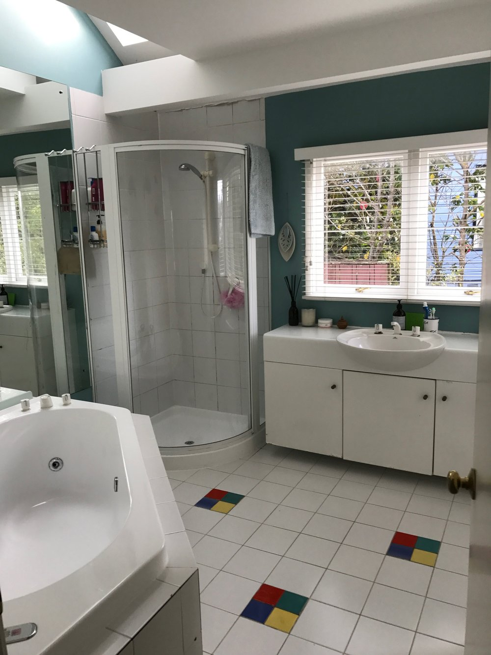 BEFORE:   Park Rise  Bathroom