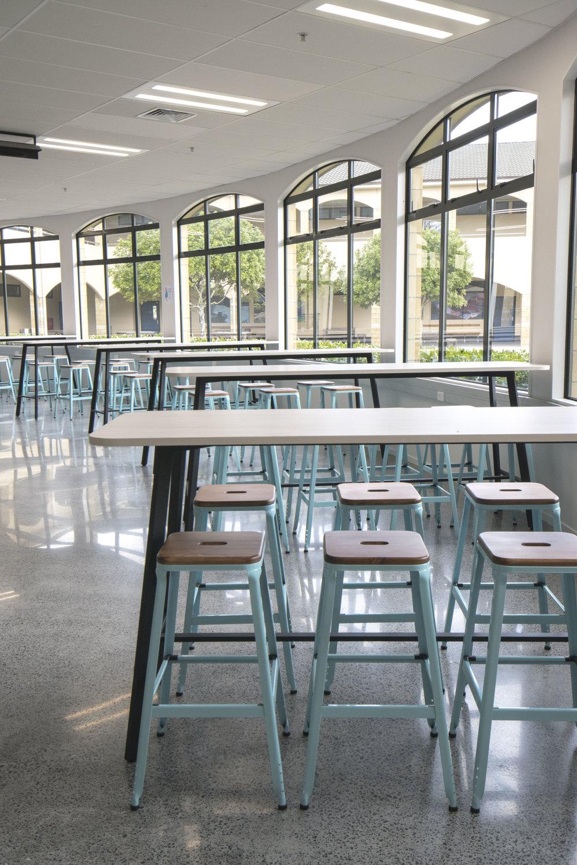acg-cafeteria-school-college-design-bar-stool-leaner-seating