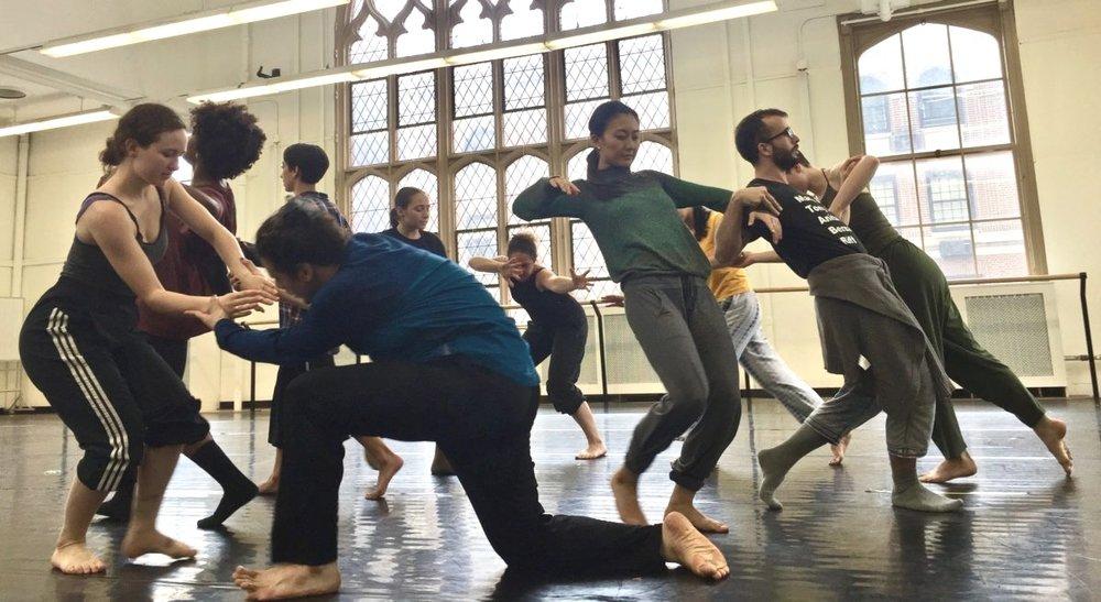 Doug-Varone-and-Dancers-_-DEVICES-5-Choreographers-_-photo-©-Courtney-Barth-IMG_3925-1-1200x656.jpg