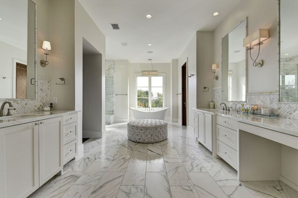 Stunning White Bathroom Redesign with Marble