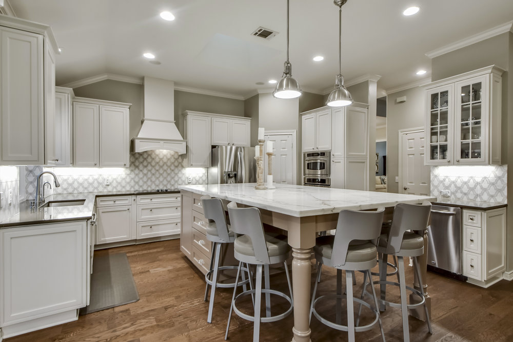 Kitchen Island with Carrara Marble and Modern Kitchen Island Pendant Lighting