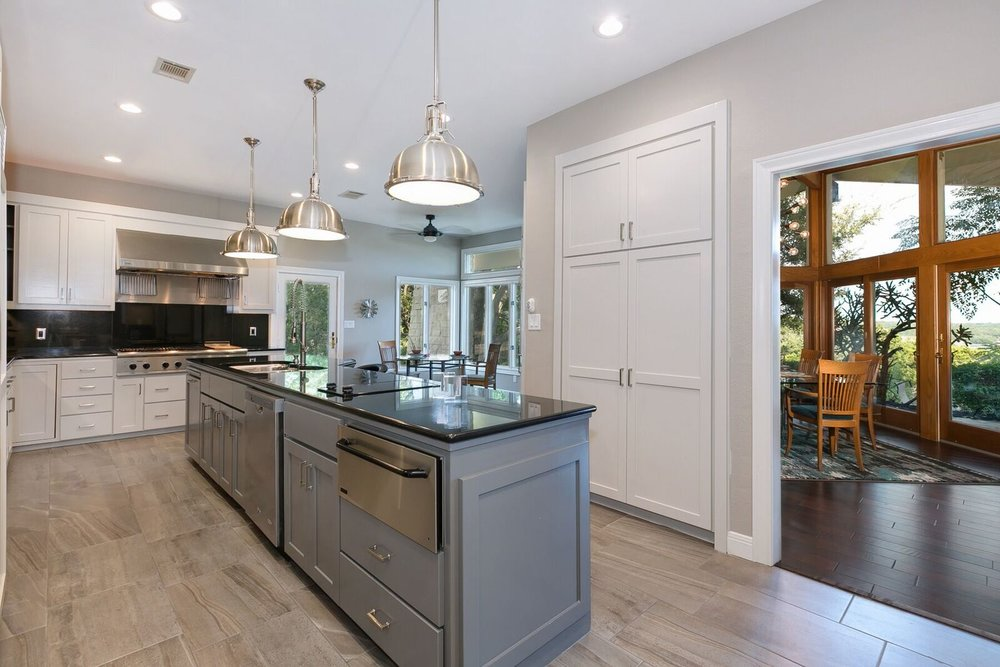 Kitchen Center Island Lighting Design