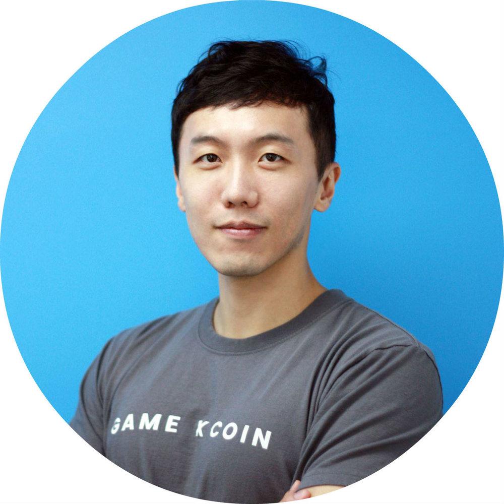 엄지용 / Conrad Um  Head of Blockchain Lab GameXCoin