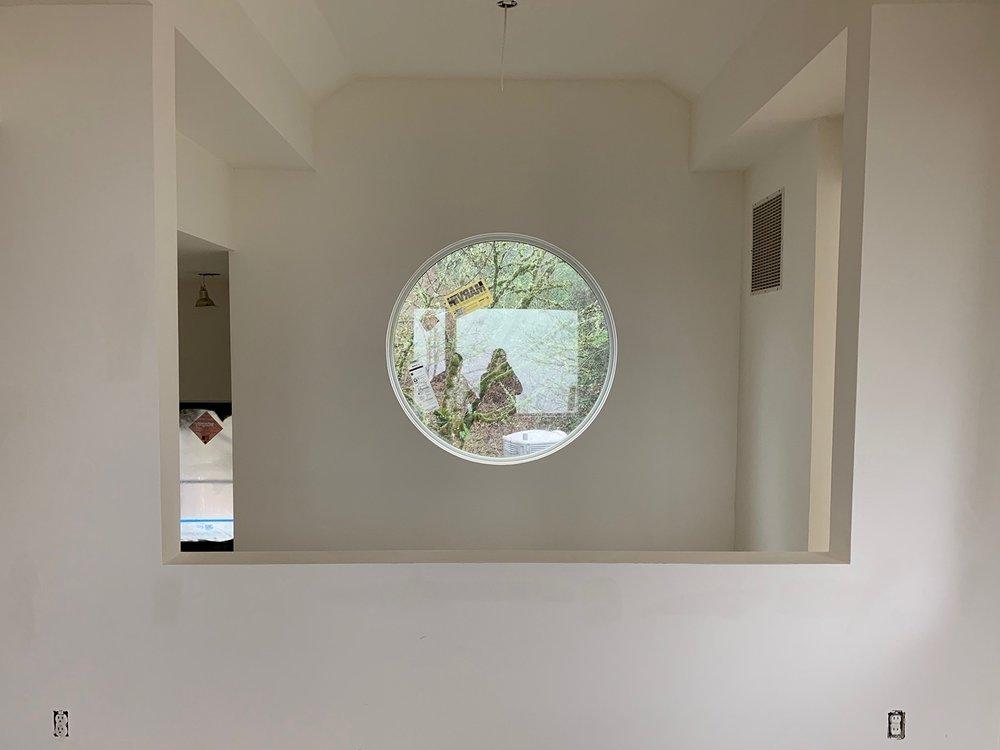 Fairmount Window 07.jpg