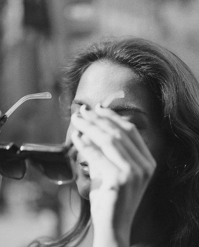 In just three adjectives we can define our #Utah1956. -Lightness -Style -Quality. . . . #newcollection #killmebaby #killmenina #ninaxlagolondrina #lagolondrinaeyewear #eyewear #handmade #lunettes #fashioneyewear #style #fashion #roundstyle #accesories #saturday #retroeyewear #sunglasses #alicante #spain
