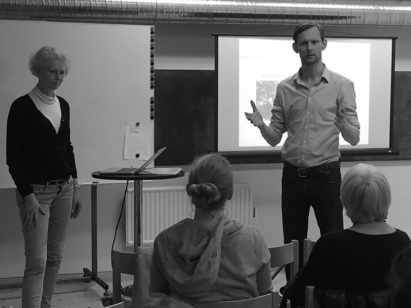 Kristian Körner från Konstitutet och Ragna Berlin från Konstpool