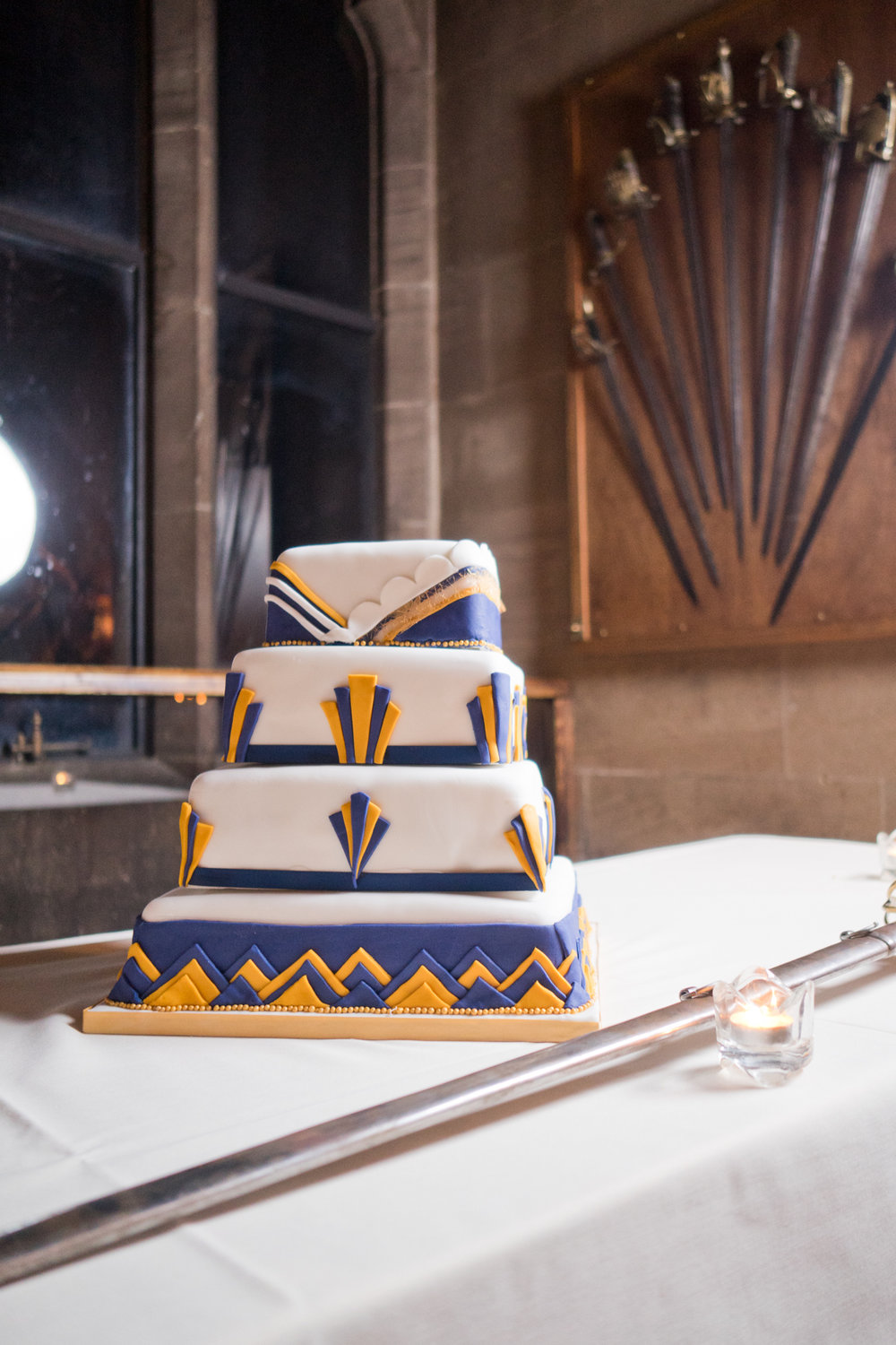 20's wedding cake for this Warwick Castle wedding. Photography by Shot Differently.