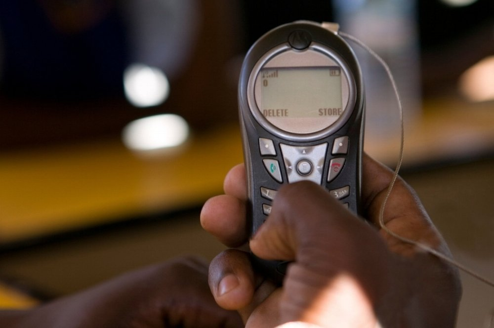 Bridging the digital divide for rural women   We use existing wireless technology such as Bluetooth in old mobile phones to connect and network women and girls with information that is relevant and vital to their lives and futures.   Read More