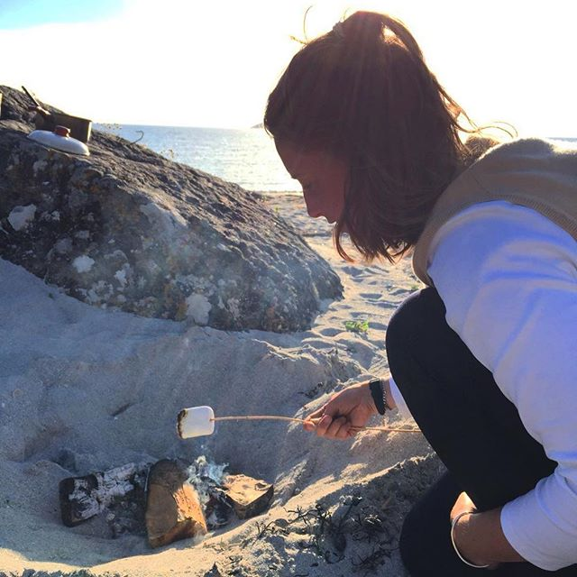 Marshmallows on the beach ???