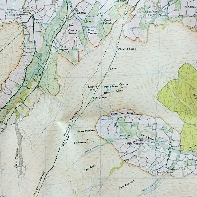 The weekend is approaching hooray 🙌🙌🙌. Today or this evening is the perfect time to plan a day or whole weekend adventure.  Lacking inspiration? Check out the wonderful array of national trails that you could walk, cycle, run a section of: https://www.nationaltrail.co.uk  #weekendadventures #ukadventure #nationaltrails #osmaps