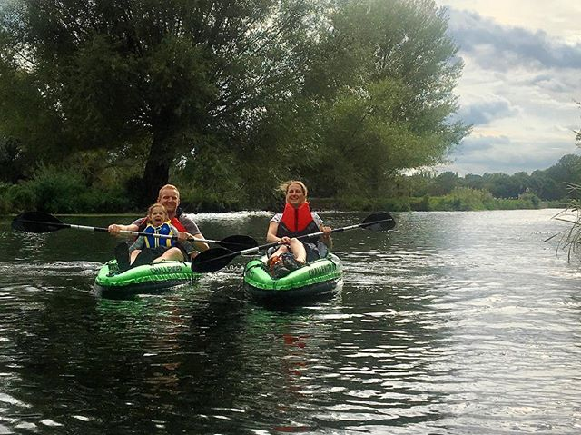 So we have got through Monday 🙌🙌. How about planning a little adventure for the coming weekend? Your nearest river 🐳 is a great place to start: walk, bike, paddle or go for a bracing swim... #miniadventure #ukrivers #kayak #intexchallengerk1 #mondaymotivation