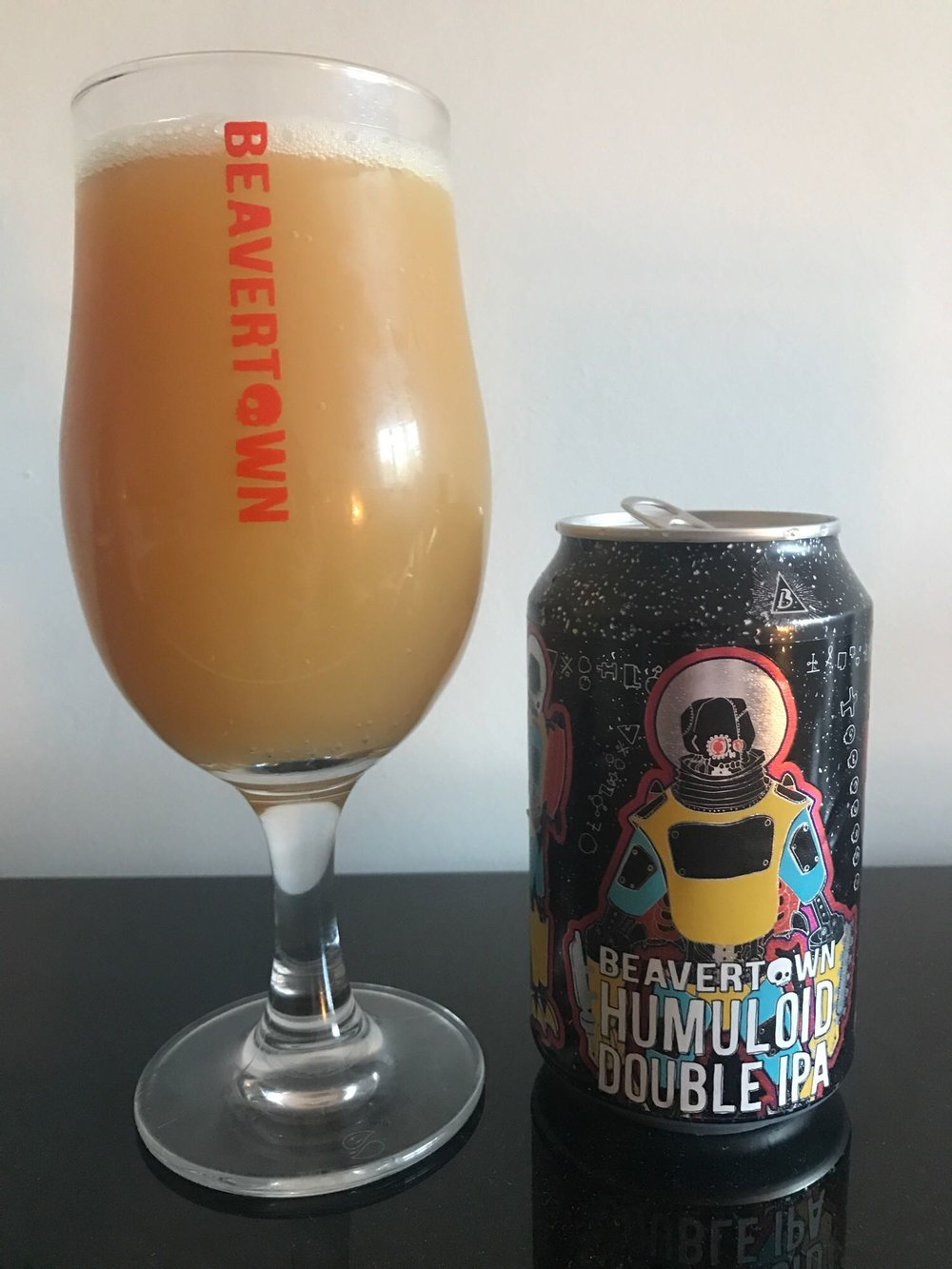 Humuloid - Double IPA 8% // Beavertown - Bang on the Hedges brand comes this 8% DIPA. I feel like Bill Murray right now. Except I would willingly repeat all of these beers FOREVER. This is quite probably the murkiest beer I think I've ever had. We cracked open a few of these one evening and I thought they tasted a little raw and vegetable-y. If someone had poured them into a bowl, I would've genuinely thought it was some sort of soup. The souped up version of Lupuloid, if you will. I resisted opening my can and left it a few weeks to reach its peak and I'm glad I did as good things come to those who wait and all that. This was the second big bastard version of a Beavertown beer I've had this year following on from Double Chin (the daddy version of Neck Oil) and this was the superior beer. Continuing the trend of juicy, fruity DIPAs, this was a welcome addition - I'm not sure it's a style I'm ever going to get bored of so maybe I do need a thesaurus.