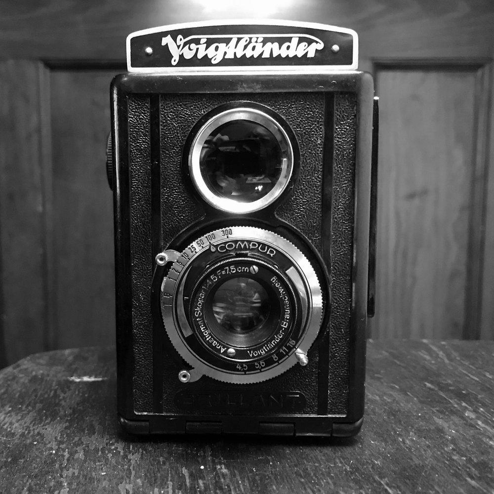 SS - Voigtlander Brilliant (01).JPG