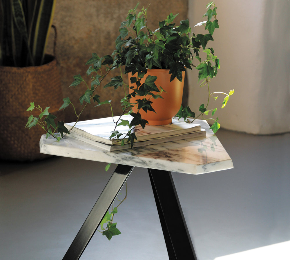Trindade side table - 49 x 43 x 41 cm Avaliable in June Design: Rodrigues dos Santos, 2018