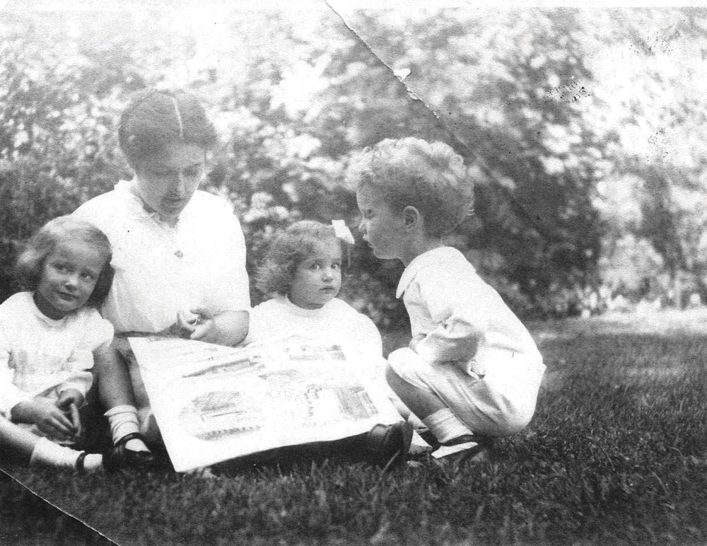 The Foerderer's Governess Elizabeth May Prettyman and children