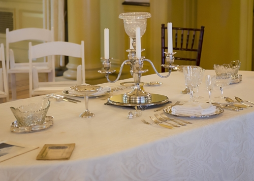 Avoid an embarrassing faux pas by learning all the do's and don'ts of 1920s dining etiquette. Michael Bufalino will present all the information you'll need to know for your next dinner party.