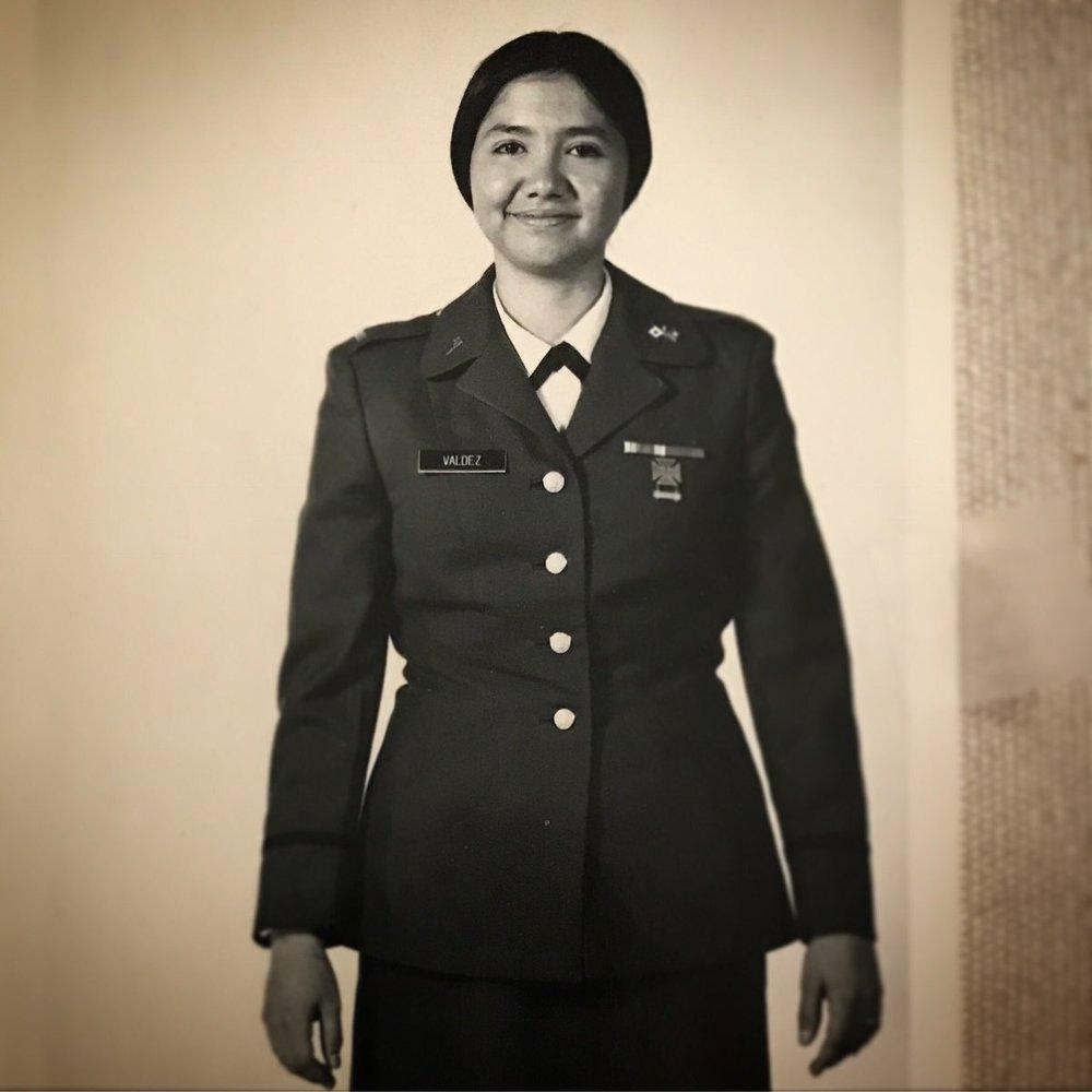 Oficial en la Reserva del Ejército, 1974