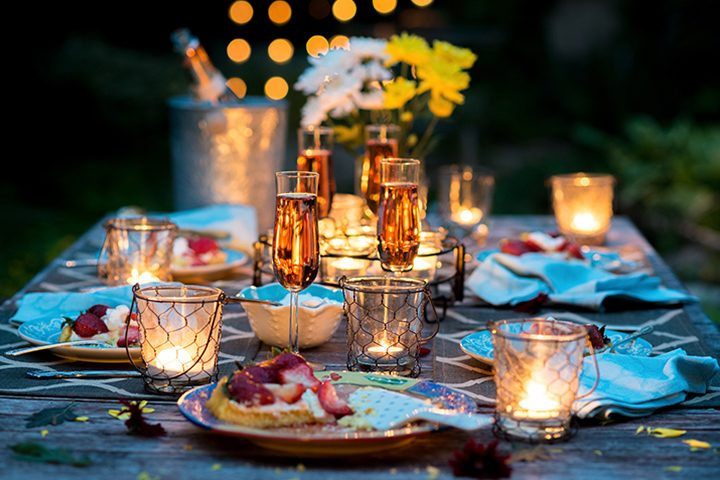 hero-candlelight-dinner-720x480.jpg