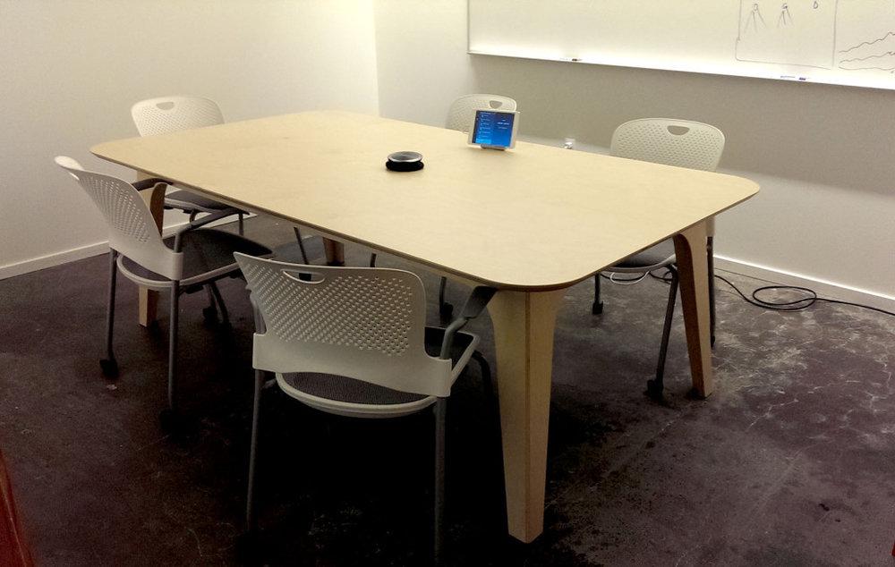 table-medium-01-1024x649.jpg