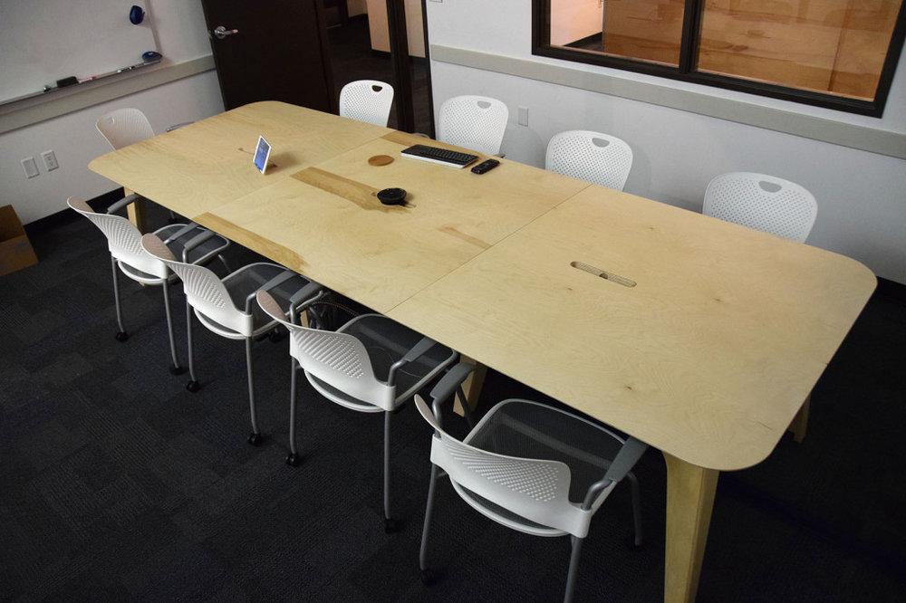 table-large-01-1024x682.jpg