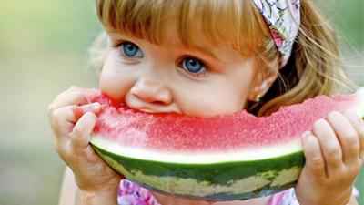 Watermelon-munching-400X225.jpg