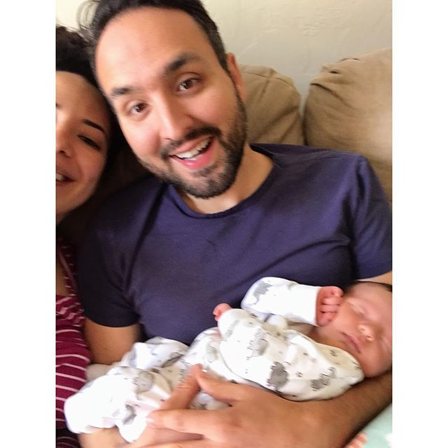 Our first family selfie is a great summary of newborn life. Everything is  just sleepyhappyblurry and also not easy but I'm already feeling nostalgic for these days. ✨👶🏻💕