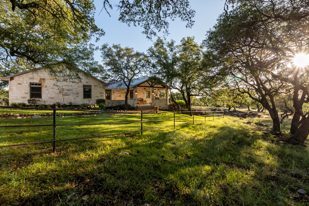 Fredericksburg-Realty-luxury-ranch-home-for-sale-texas-hill-country.jpg