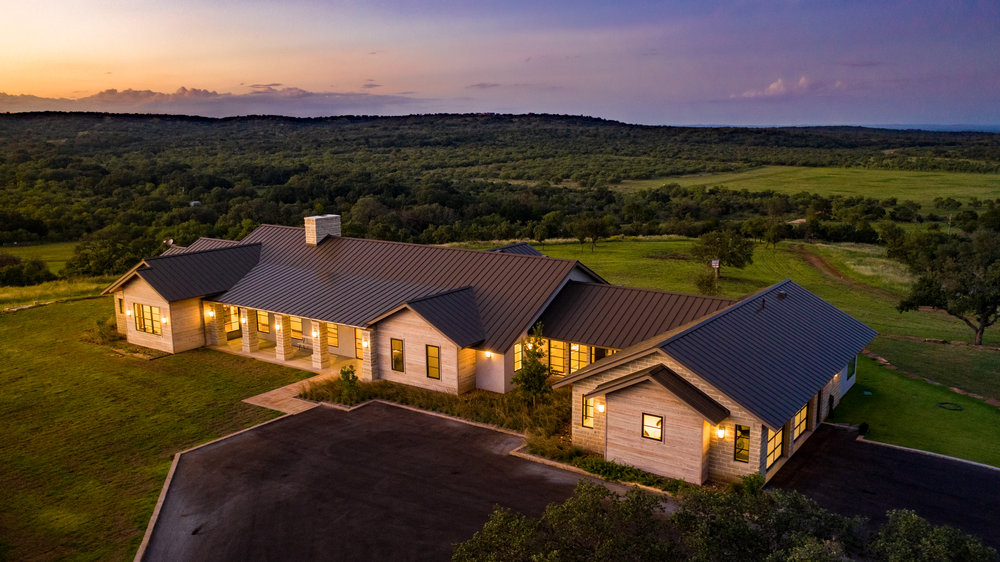 Fredericksburg-Realty-1909-Ranch-luxury-ranch-hill-country-real-estate-sunset.jpg
