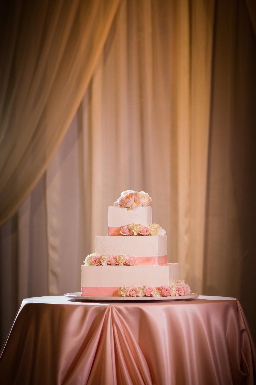 Hyatt-Regency-Waikiki-Wedding-3.jpg