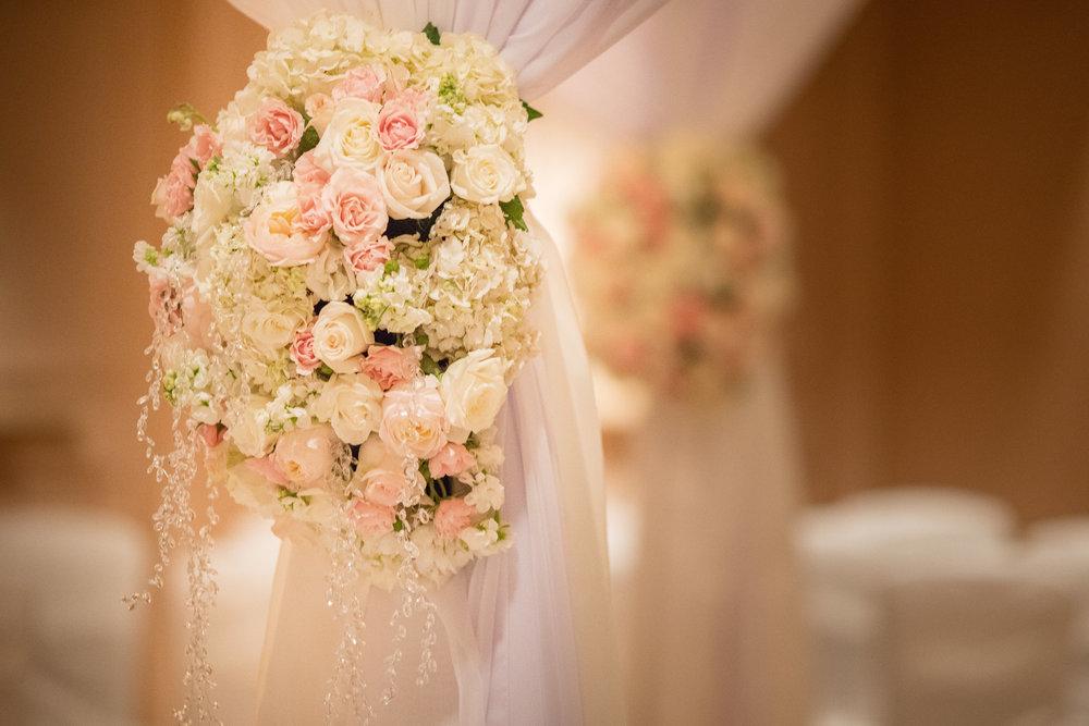 Hyatt-Regency-Waikiki-Wedding-20.jpg